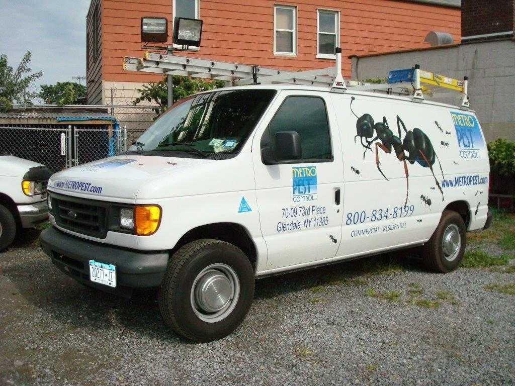 Pest Contro Van